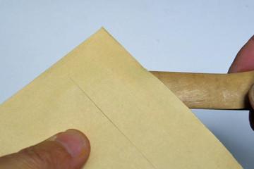 Paper_knife_2